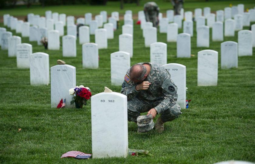 AP_memorial_day_arlington_jt_140525_14x9_1600