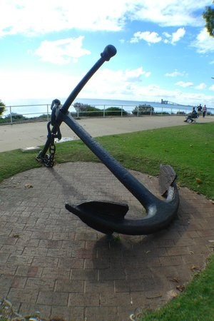 rockingham-beach